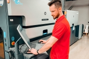 Eticod has expanded its fleet and invested in a second HP Indigo 6900 digital press