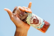 Multi-Color enhances Shaka Tea brand