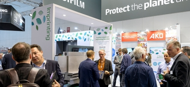 FujiFilm demonstrated its Flenex FW water washable plates and flexo processors