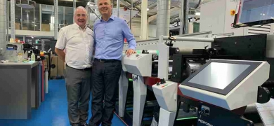 Mark Andy's UK and Ireland sales manager Paul MacDonald with Berkshire Labels' managing director Paul Roscoe and the first P9E to be installed in Europe