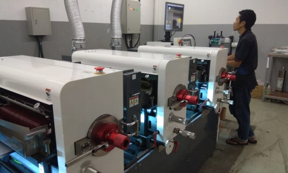 First Iwasaki IF330 installed in Indonesia at PT Sinar Universal Labelindo