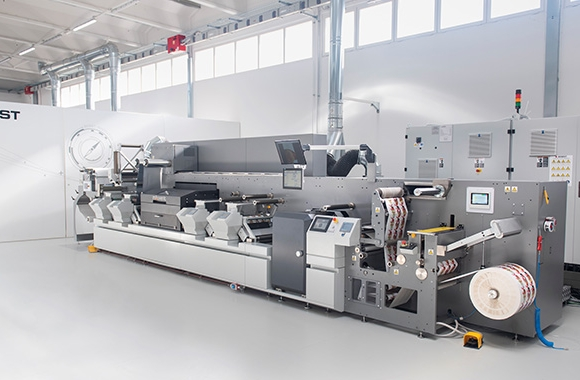 Italian printing company I.B.E. has invested in a Bobst Master DM5