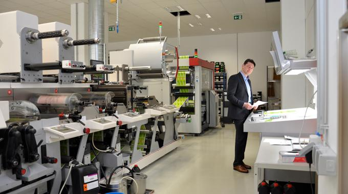 Insignis invests in Nilpeter MO-4