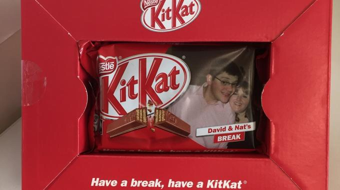 L&L deputy editor David Pittman gifted his wife with a personalized KitKat pack to mark their wedding anniversary