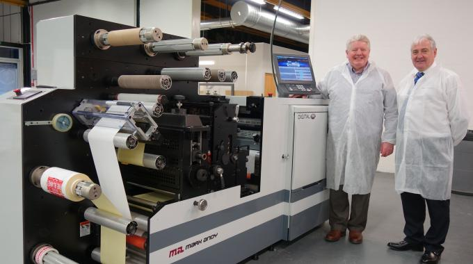 CV Labels' Bob Veitch (left) with Paul Macdonald (right) of Mark Andy UK and the first Digital One press to be installed in the UK