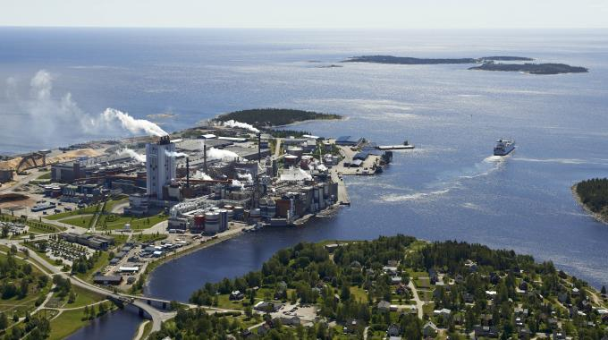Metsä Board is investing 38 million EUR (35 million USD) in an extrusion coating line and related infrastructure at its Husum mill in Swedenxe