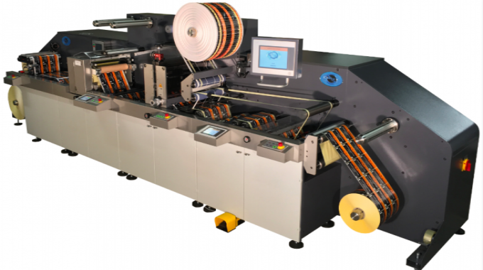 Smag's E-Cut Generation III is available in 330 and 530mm web widths to meet digital printing equipment standards