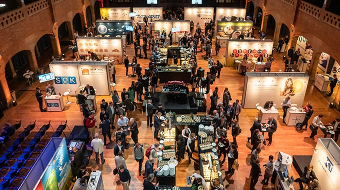 More than 30 exhibitors showcased smart technologies designed specifically for packaging at AIPIA Congress in Amsterdam