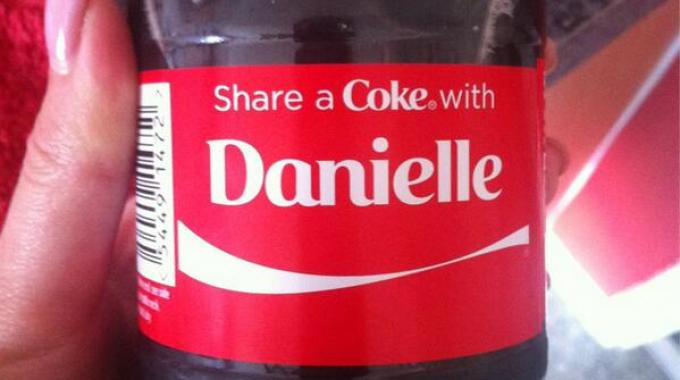 US consumers already buzzing about #ShareaCoke labels