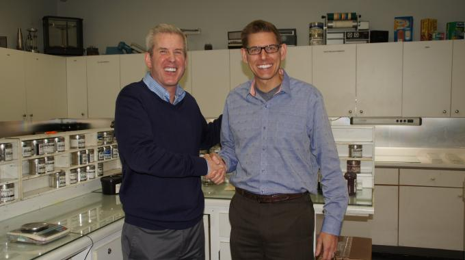 Tom Alden (left), president of Alden & Ott, and Derek McFarland (right), president, hubergroup USA