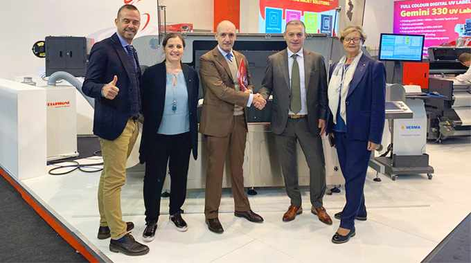 Inglese management team and Patrick Citroen, MD of Amica Systems Europe