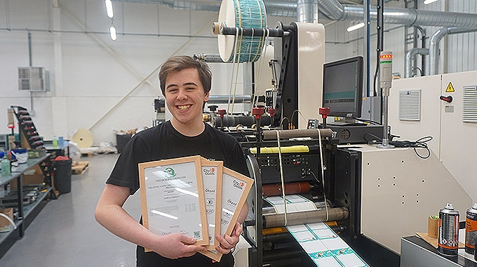 James Le Gresley has become the first employee of Aztec Label to successfully gain a professional qualification under the British Printing Industries Federation apprenticeship scheme