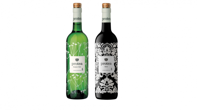 Antonij Rupert Wines' Protea brand – bottle supplied by Consol Glass and decorated by Glass Decorations