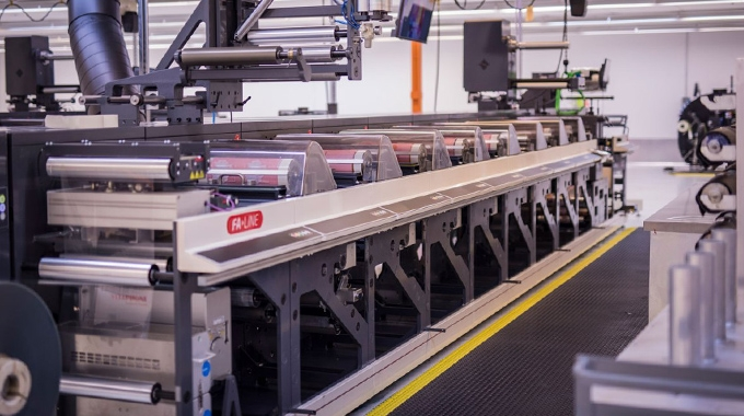 US-based label and packaging converter Catapult Print has signed an extended three-year contract with pre-press specialist Hamillroad Software.