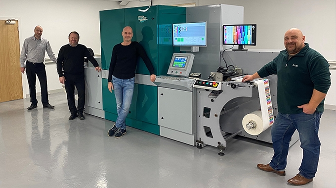 Spectrum Digital Labels has installed a Dantex PicoJet 330 UV inkjet digital press to further expand its production capacity