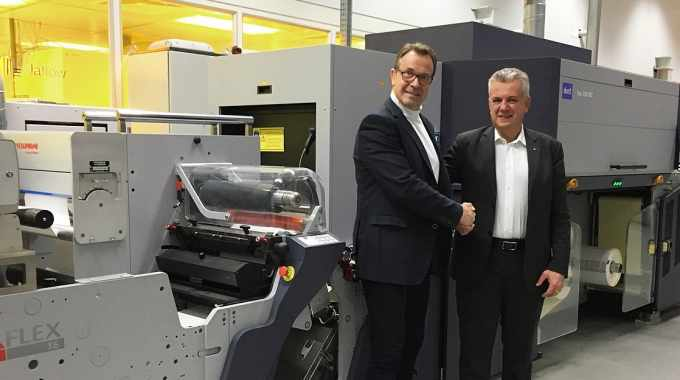 Omet to open new facility with hybrid printing open house