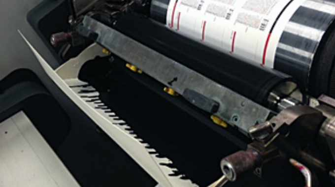 Fineline Technologies has installed a new quick-change ink liner system from DIP Co's portfolio