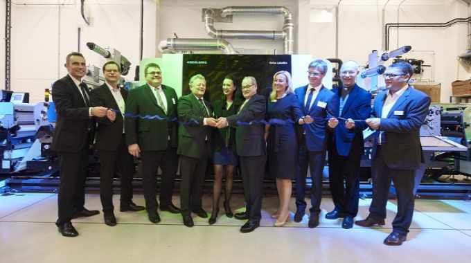 Austrian company Insignis-Etiketten has established a new business unit that has been offering new applications in digital printing since spring of this year with the Gallus Labelfire 340