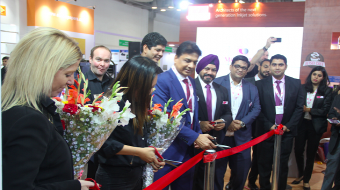 Lisa Milburn and Jade Grace of Tarsus alongwith T P Jain of Monotech launch the Colornovo press at Labelexpo India