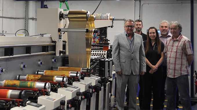 L-R: Phil Wright, Gary Booth, Keith Sanders, Sue Scarlett and Gareth Barmwell from Paramount Labels with their new MPS flexo press