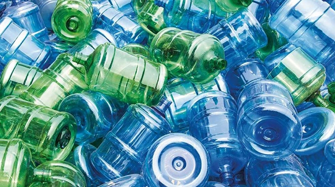 UPM Raflatac has received the Association of Plastic Recyclers (APR) recognition for a printed PP label with UV flexo inks and varnish that improves PET recycling of bottles and containers.