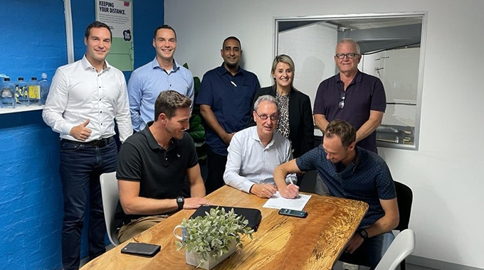 Standing: Patrick and Pascal Aengenvoort, Akhmuth Sayed (Rotocon), Lizelle du Preez, Bruce Sutcliffe (Blue Print Labelling) Seated: Devlin Brodowicz, Michael Aengenvoort, Wade Brodowicz