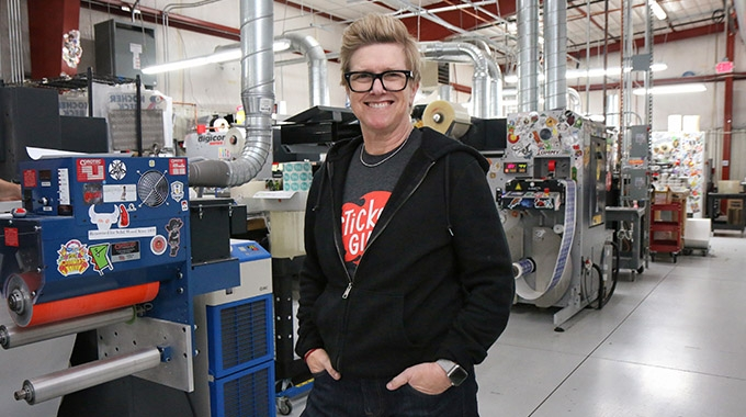 StickerGiant has promoted its current COO, Beth A. Smith, who takes over the CEO position from its founder, John Fischer.