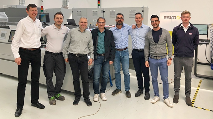 The UVFoodSafe group was set up to formulate best practice guidelines for converters using UV curing for indirect food contact applications. With the practical testing phase largely complete, Andy Thomas-Emans asked steering group chair Jonathan Sexton about progress to date.