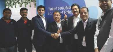 S.Kumar and Insight Communications teams after signing the deal for the first Screen digital press at Labelexpo India 2018