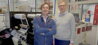 Jean-Louis Pecarelo (left) with NTE's owner Thibault Duponchel and the first Mark Andy Digital One in France