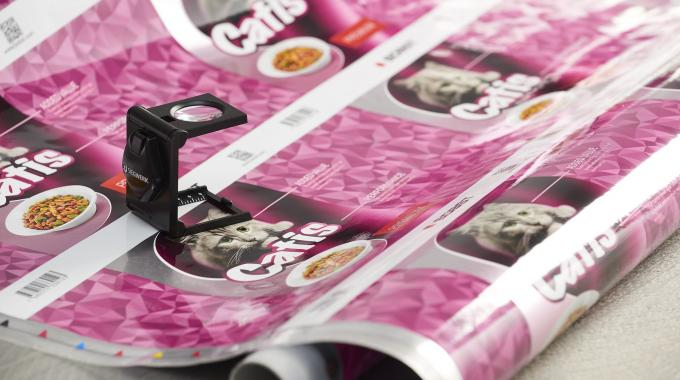 The new ink technology is optimized to meet high performance requirements, such as high bond strength values in lamination