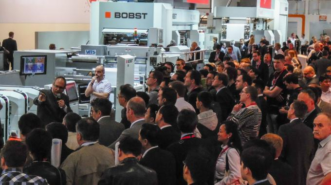 An M6 UV flexo press was demonstrated on the Bobst stand at drupa 2016