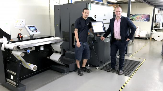 Managing director James Malone and Label Power's HP Indigo WS6800 press operator Dean Rush