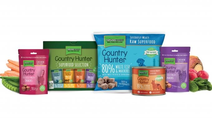 Natures Menu's label and packaging requirements extend from translation labels, flexible packaging, and pre-made pouches to folding cartons