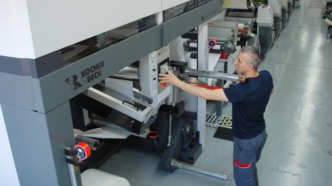 Helf Etiketten ha moved into offset with its Omet X6