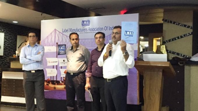 Amit Sheth of Label Planet introduce the LMAI Awards kit to the members