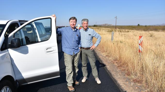 Part of Robert Albrecht's recent retirement trip to South Africa was a visit to Pilanesberg Game Reserve, along with Daetwyler South Africa managing director Werner Hämmig