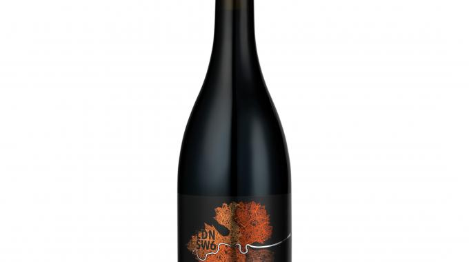 Royston Labels was honoured for labels on King's Cross wine bottles, printed using UV flexo in six colors on a metallic substrate, with a deep black background and varnish; this entry also came out as winner in the Marketing/End-uses Group category