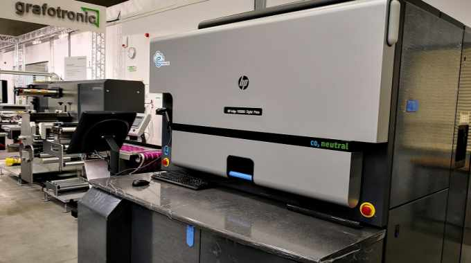 An HP Indigo 6900 has been installed at the factory and will shortly be presented to Polish printers