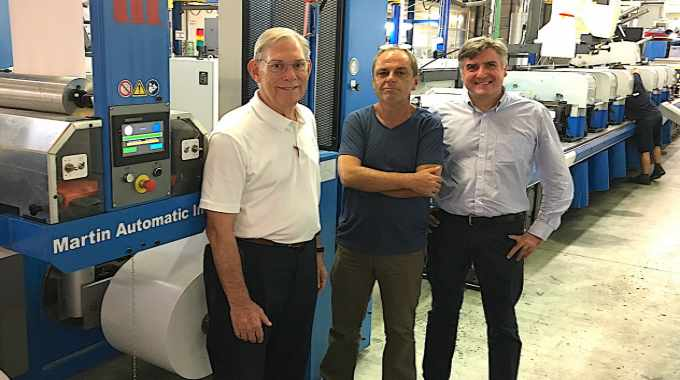 Pictured (from left): Martin Automatic's Ed Pittman, with Ángel Gómez, production manager, and Victor Abellaner, director general, Adhesivos del Segura