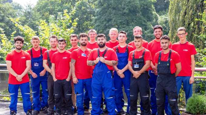 New apprentices at the Bielefeld site