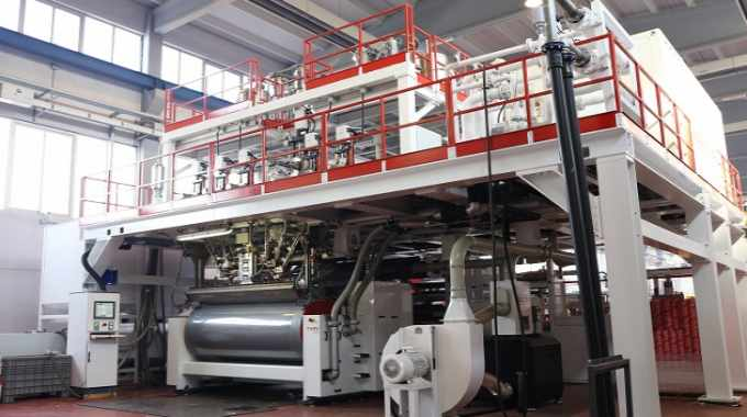 The Amut cast line at EB Packaging is 2000mm-wide and configured for producing seven-layer films