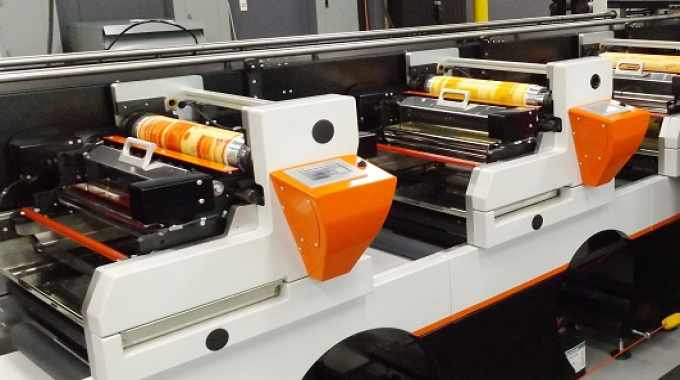 The press to be installed is a 17in-wide, 6-color equipped with its AiiR system, automated finishing, Fujifilm Flenex water wash flexo plates, Fujifilm Illumina LED curing lamps with LED UV inks, and Fujifilm Dimatix Samba imprinting