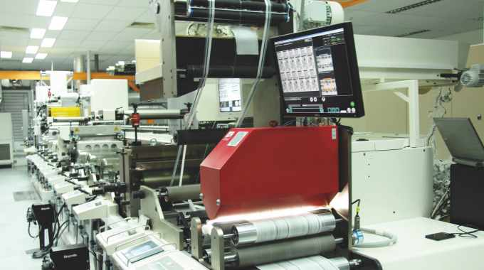 The EyeC ProofRunner Web checks the quality of printed web goods, such as labels, package inserts and flexible packaging