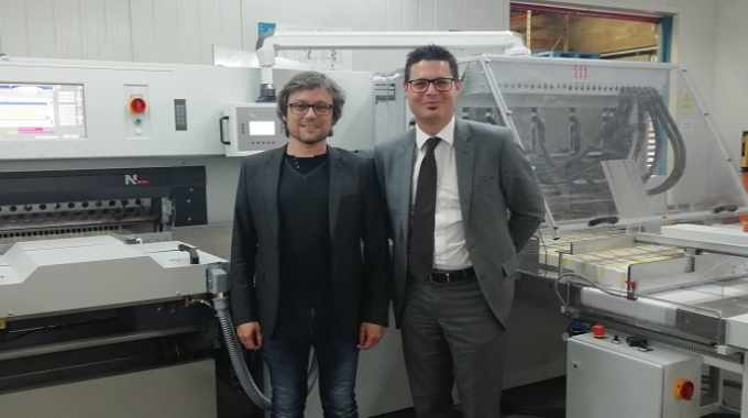 L-R: Jordi Contijoch, managing director of Gráfiques Manlleu, and Sergio Egea, sales manager for Heidelberg Spain, in front of the new system