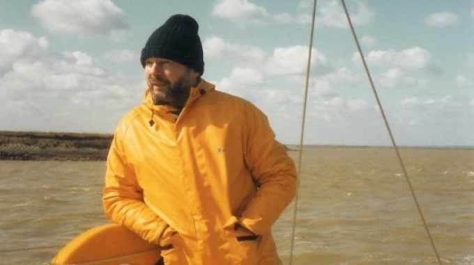 Mike Fairley is a passionate and qualified sailor, and spent some 20 years running his own sailing association